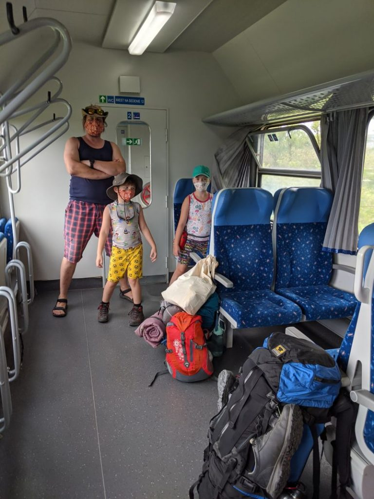 vlak Trnava - Buková
